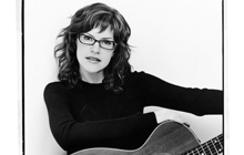 Past_exhib_performances_lisa_loeb_02