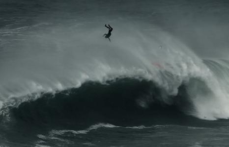 Featured_exhib_surfff_northcanyonnazarecalling