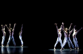 Partial_wide_film_ballet_mahler3rdballet_3