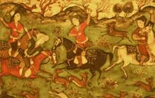 Past_exhib_featurebox_tours_islamic_horses