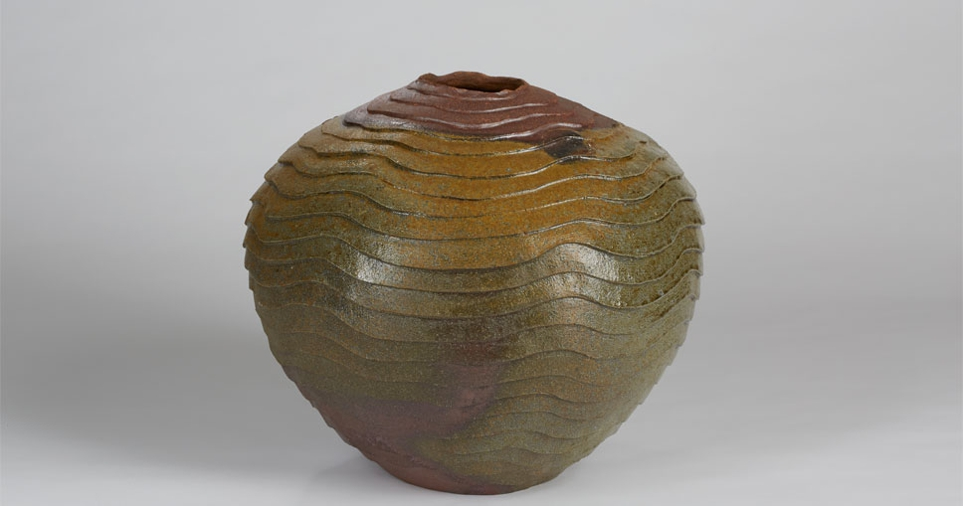 Exhib_slideshow_exhibition_fhc_claytonamemiya