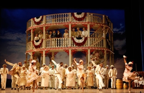 Partial_wide_film_opera_showboat