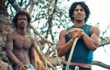 Past_exhib_film_surfff2015_breakingthewave