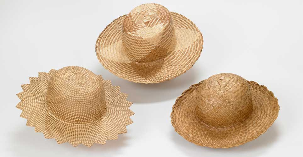 Exhib_slideshow_lauhala-hats